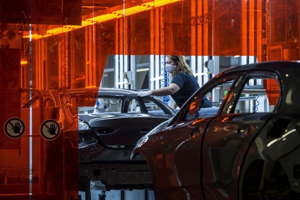 Covid-19: Mercado automóvel europeu voltou a cair 18,9% em agosto