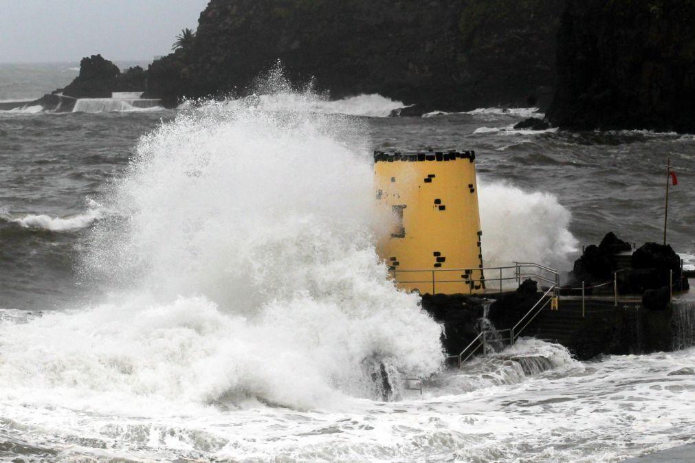 Alerta para aviso de agitação marítima forte para a Madeira