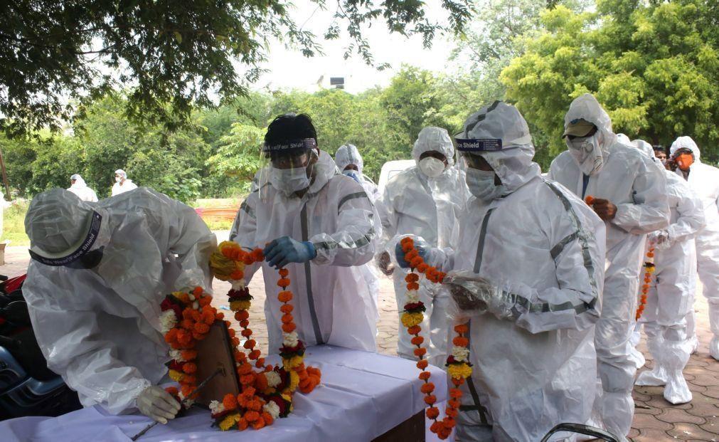 Covid-19: Índia com 1.174 mortos e mais de 96 mil casos nas últimas 24 horas
