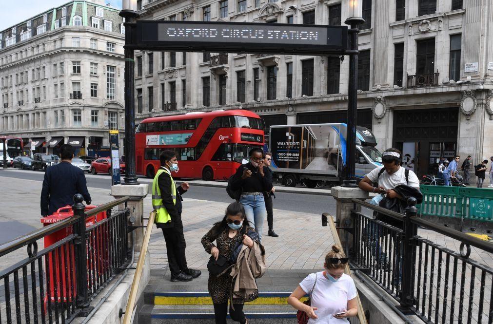 Covid-19: Reino Unido admite novo confinamento como