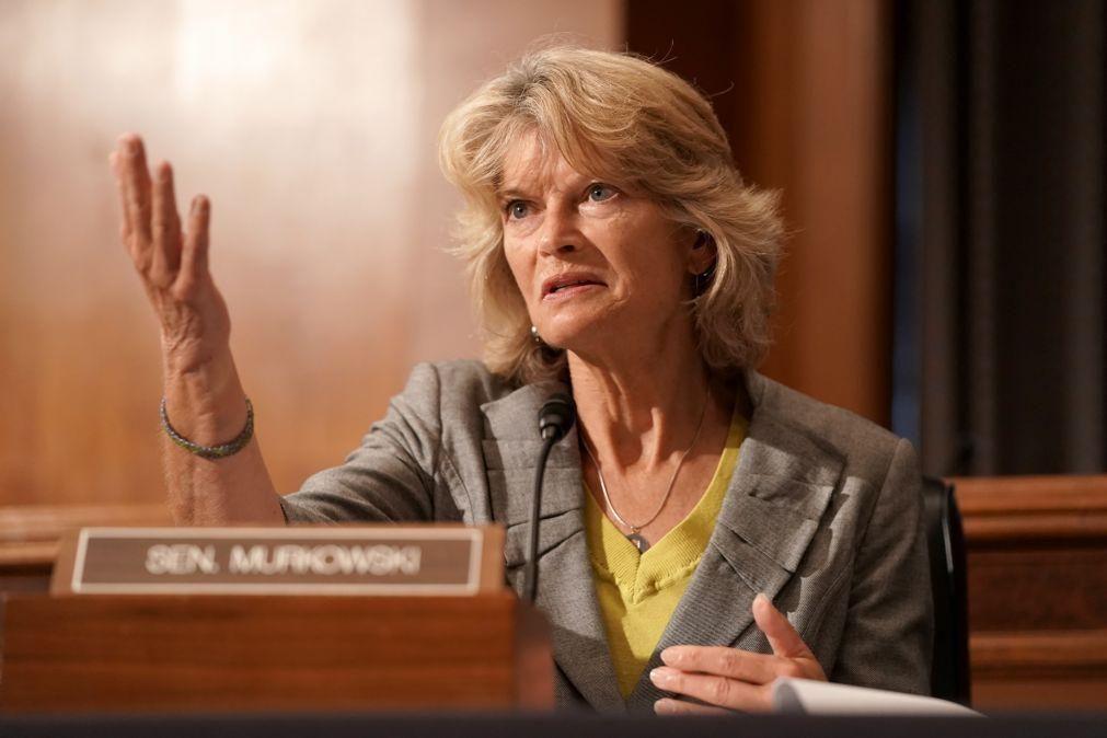 Segunda senadora republicana opõe-se à intenção de Trump de votar novo juiz para o Supremo