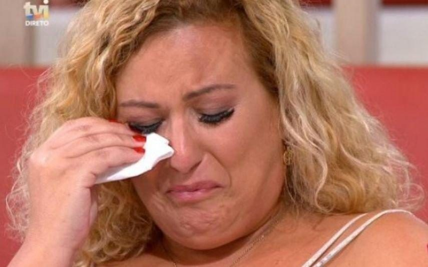 Mãe de André Filipe desaba em lágrimas ao falar de passado de «massacre»