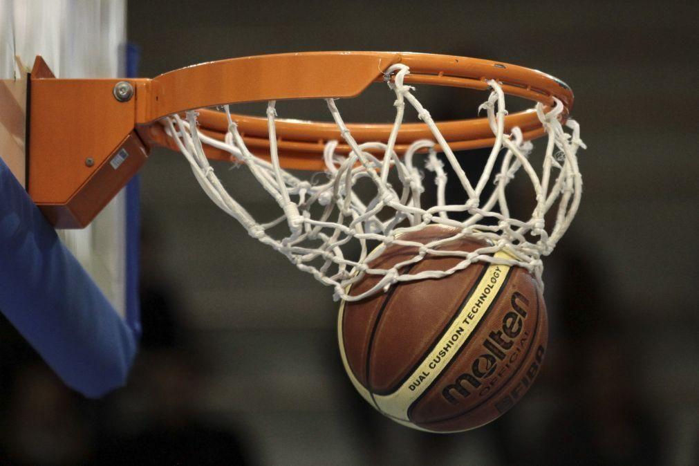Sporting vence Friburgo no apuramento para a 'Champions' de basquetebol