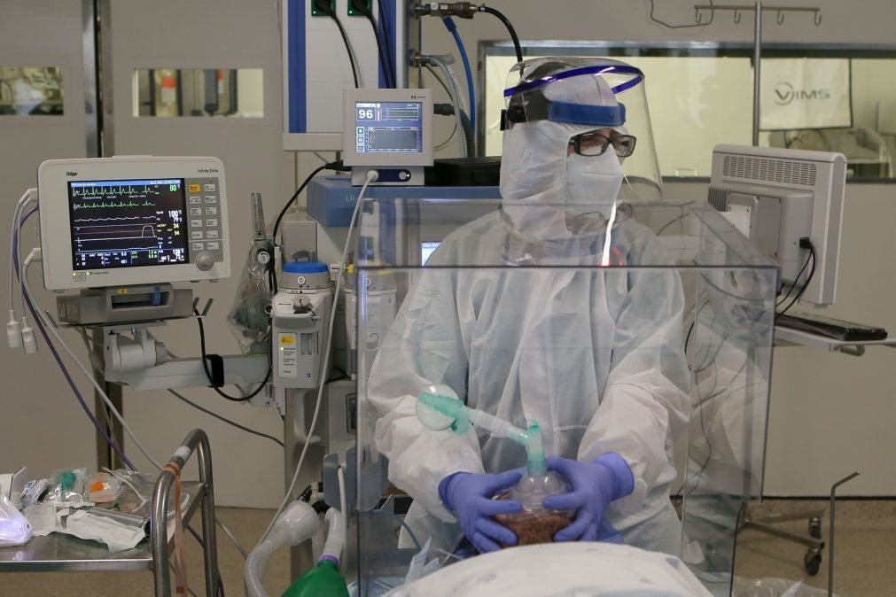 Covid-19: Mais 12 mortes e 1.394 infetados nas últimas 24 horas em Portugal