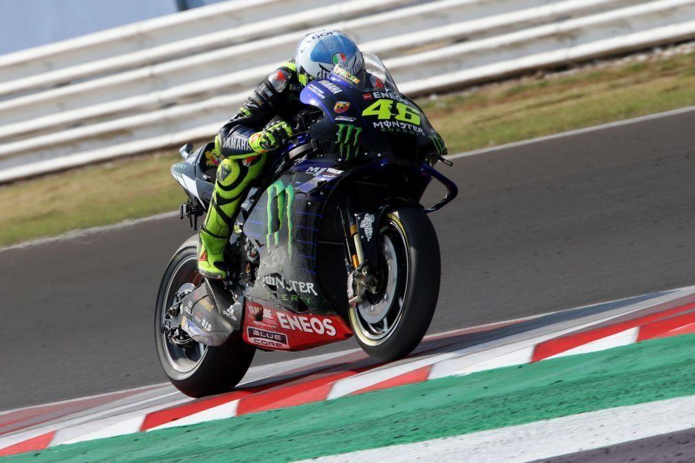 Piloto italiano Valentino Rossi formaliza contrato com Yamaha Petronas para 2021