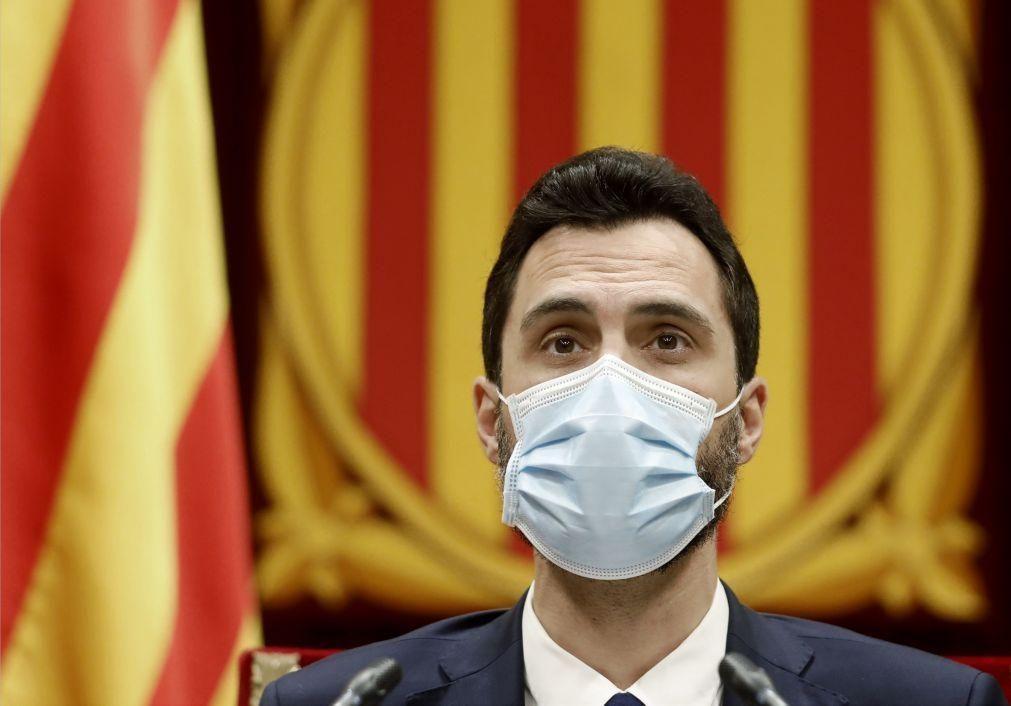 Catalunha: Presidente do parlamento regional prevê eleições em 14 de fevereiro
