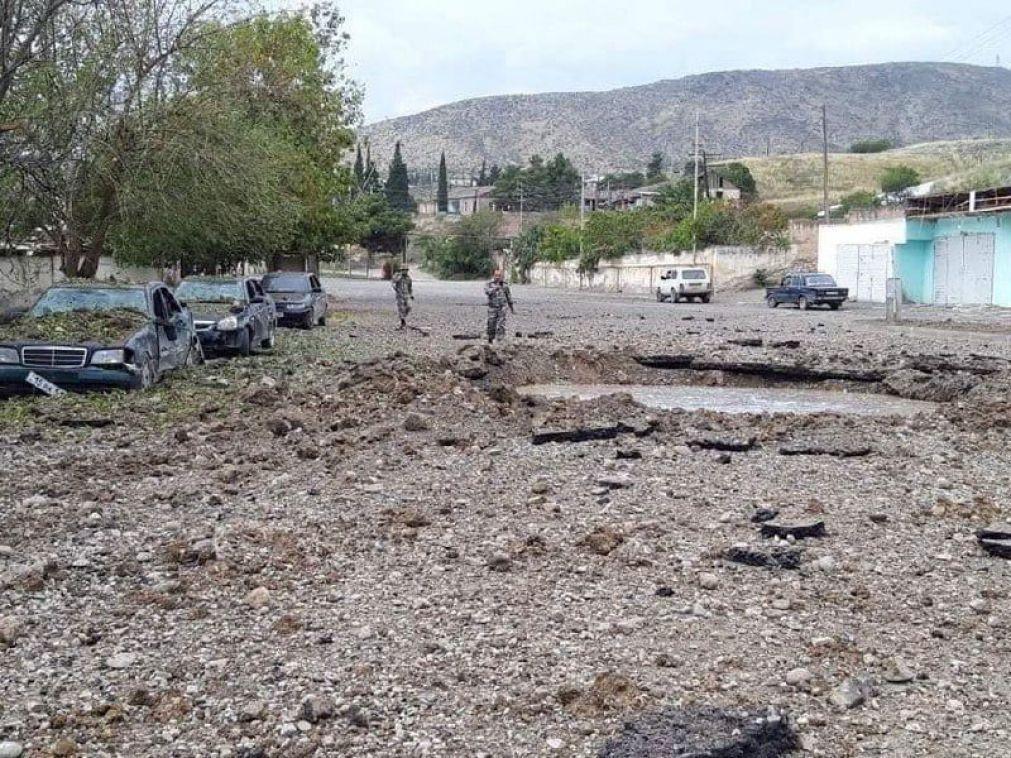 Nagorno-Karabakh: Azerbaijão exige retirada da Arménia para impedir escalada do conflito