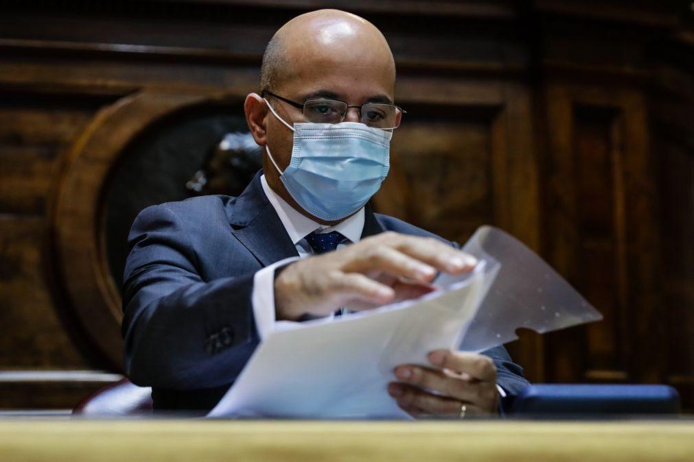Governo apresenta linhas gerais do Orçamento do Estado aos partidos na terça-feira