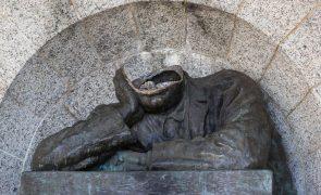 Realocação de monumentos na África do Sul divide académicos