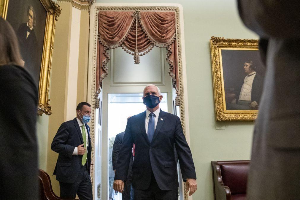Vice-Presidente Mike Pence pode ter de assegurar liderança da Casa Branca