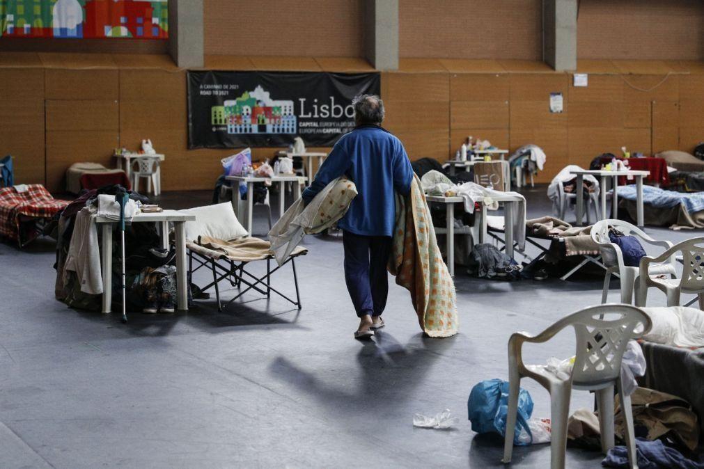 Marcelo diz que enquanto houver sem-abrigo não se pode viver de consciência tranquila