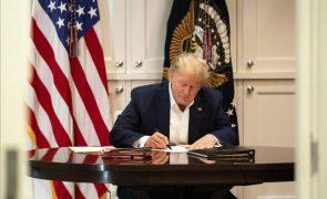 Trump diz que contrair covid-19 foi uma «bênção de Deus»