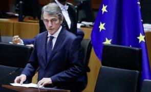 Covid-19: Presidente do Parlamento Europeu em isolamento após funcionário testar positivo