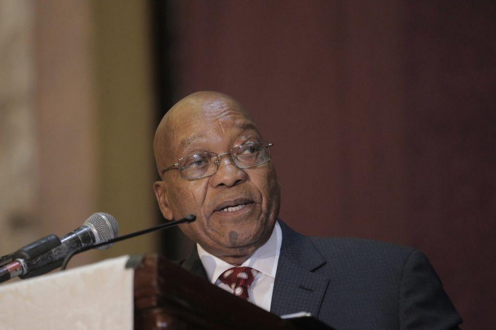 Ex-Presidente sul-africano Zuma intimado a testemunhar sobre corrupção nos seus mandatos
