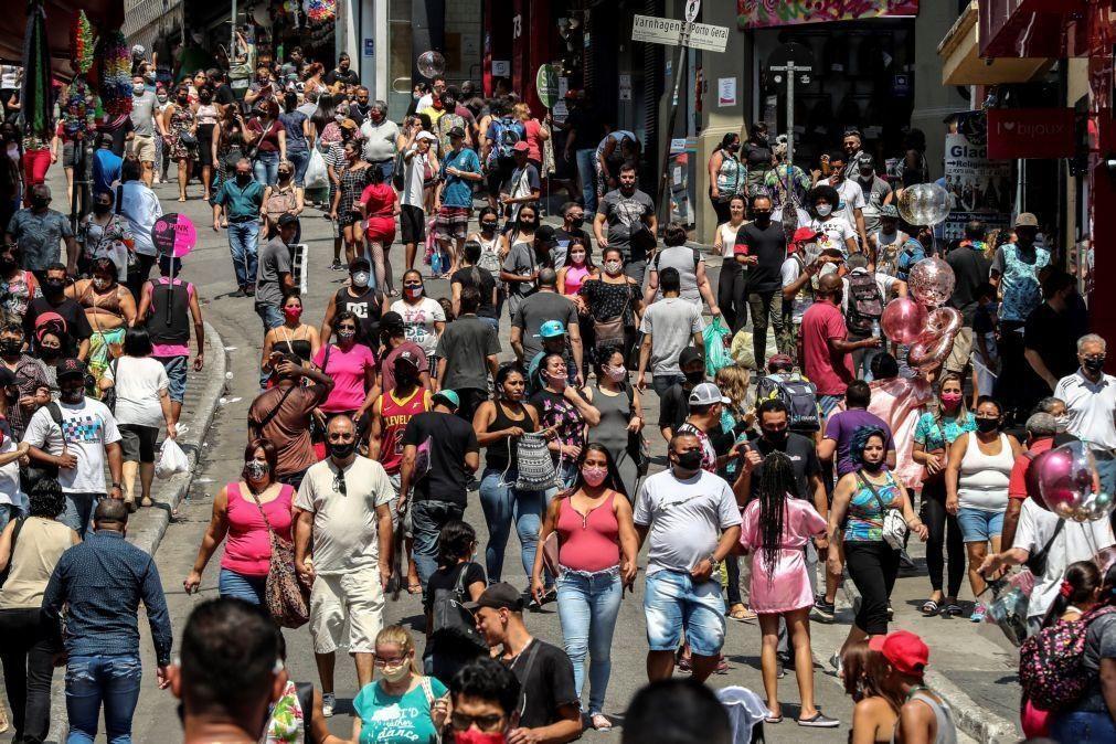 Covid-19: Brasil aproxima-se das 150 mil mortes após somar 682 óbitos em 24 horas