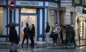 Covid-19: França regista recorde de contágios com quase 27.000 casos num dia