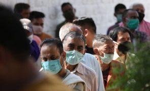 Covid-19: Índia com 816 mortos e mais de 66 mil casos nas últimas 24 horas