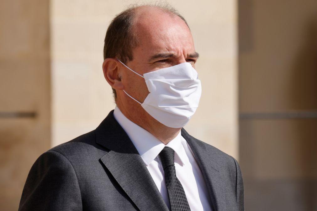 Covid-19: França não exclui reconfinamento localizado face a