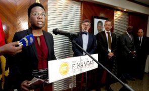 Angola entre os países africanos que defendem suspensão da dívida para 2021
