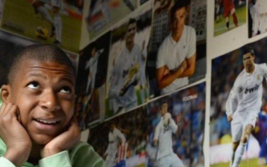 Mbappé Craque francês concretiza sonho de infância e homenageia Cristiano Ronaldo