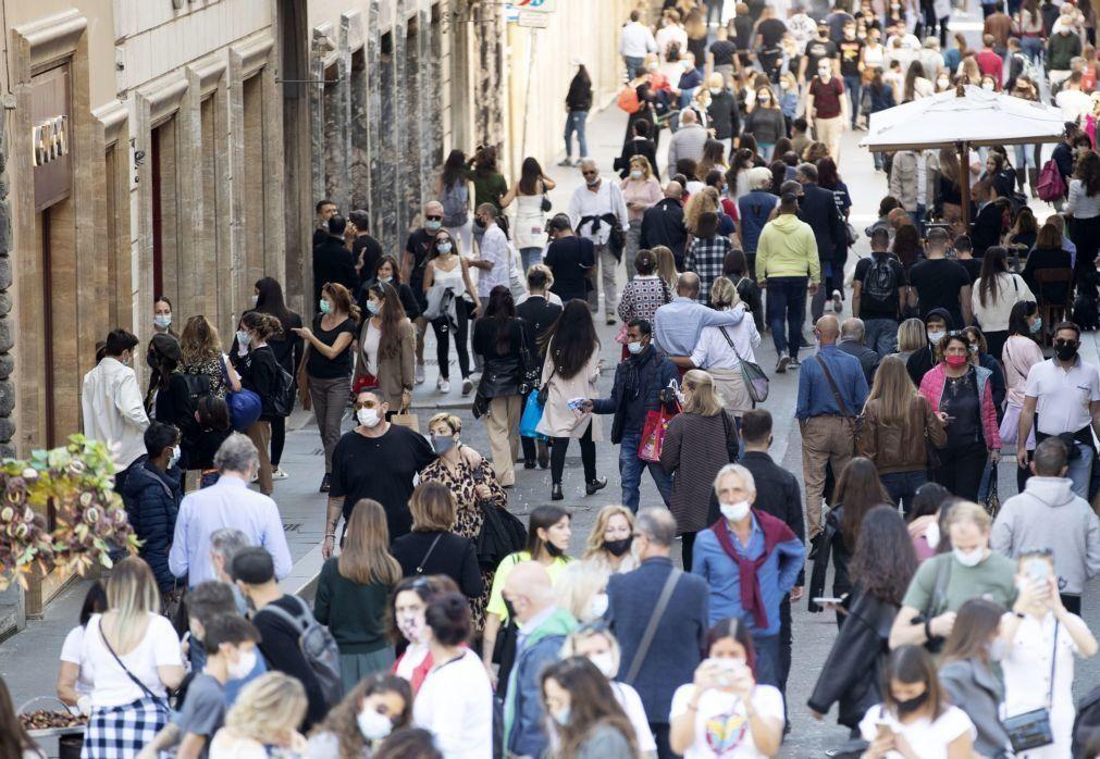 Covid-19: Europa bate recorde com 700.000 novos casos numa semana -- OMS