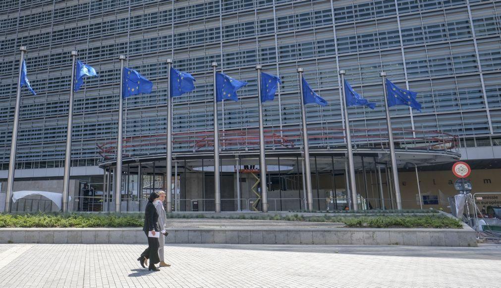 Covid-19: Países da UE vão poder suportar custos fixos de empresas com perdas superiores a 30%