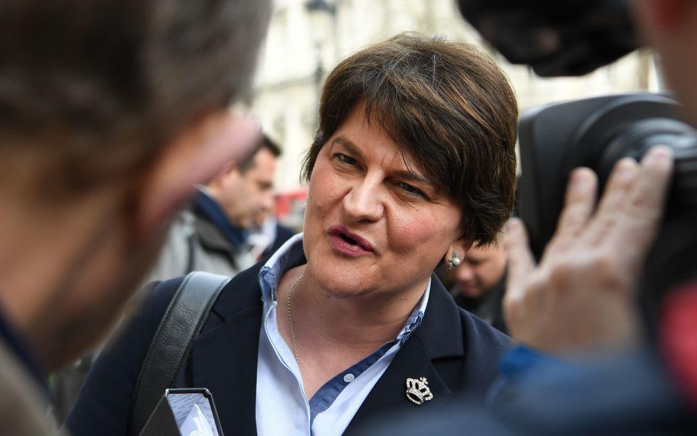 Covid-19: Irlanda do Norte decreta confinamento regionalde várias semanas
