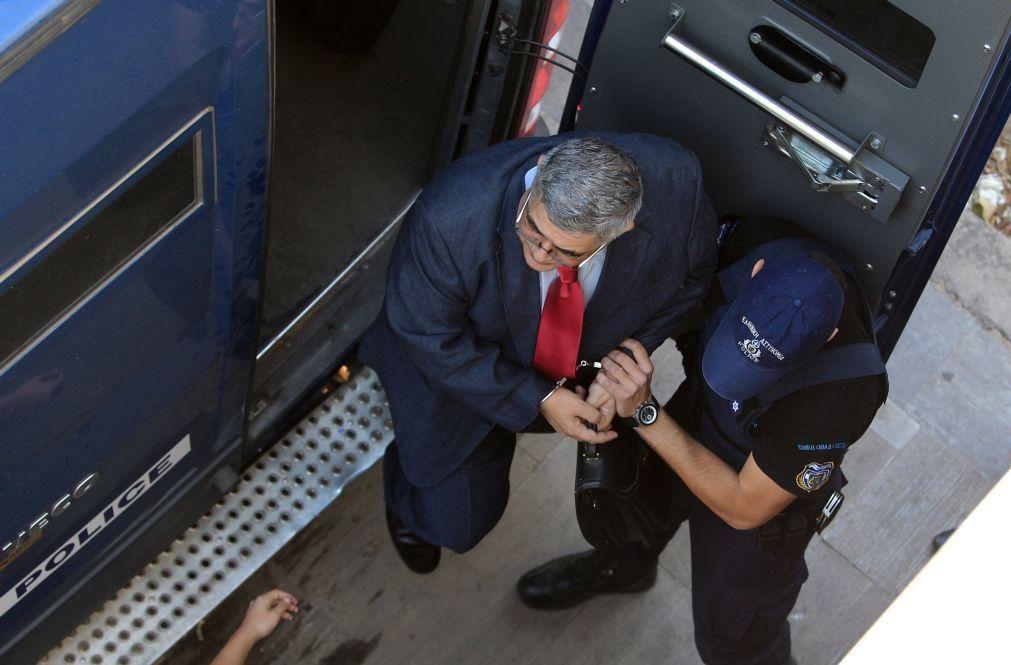 Dirigentes do partido grego Aurora Dourada condenados a 13 anos de prisão