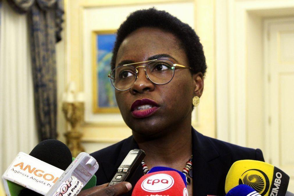 Ministra das Finanças diz que principais prioridades de Angola são a saúde e a dívida