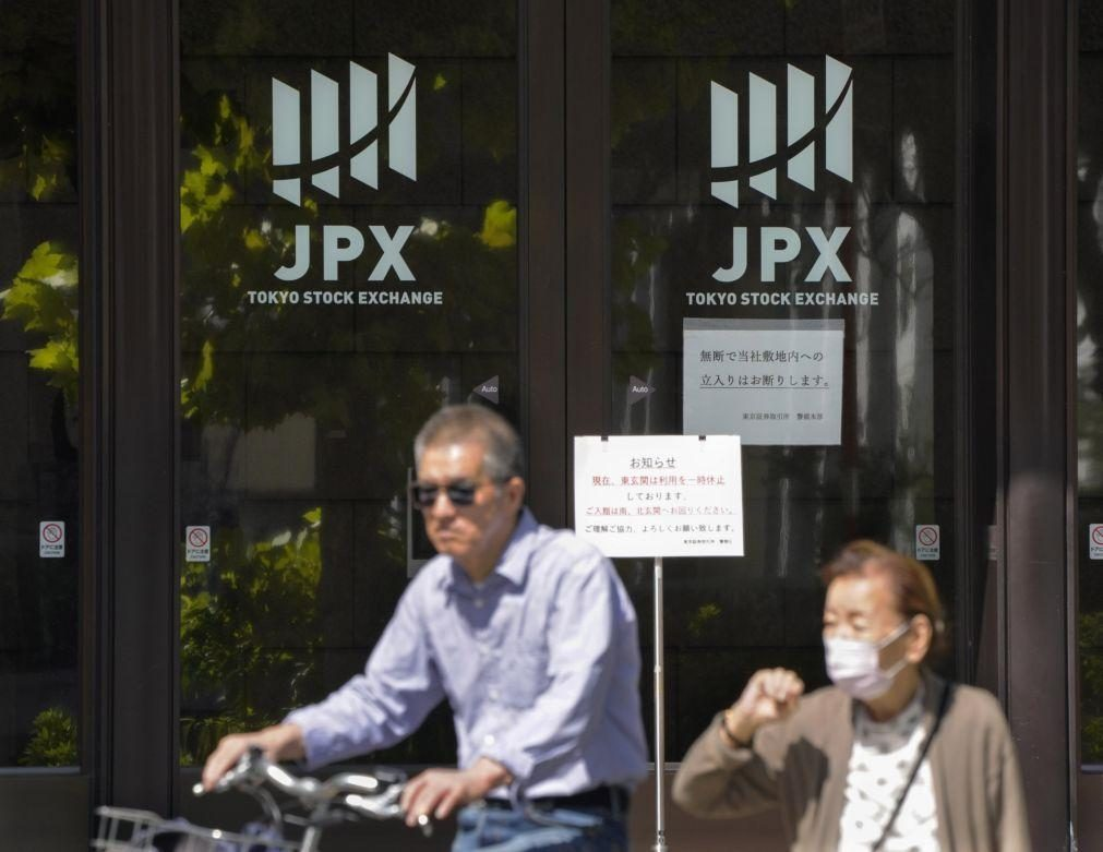 Bolsa de Tóquio abre a descer 0,35%