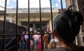Brasil manda soltar todos os presos que dependam de pagamento de fiança