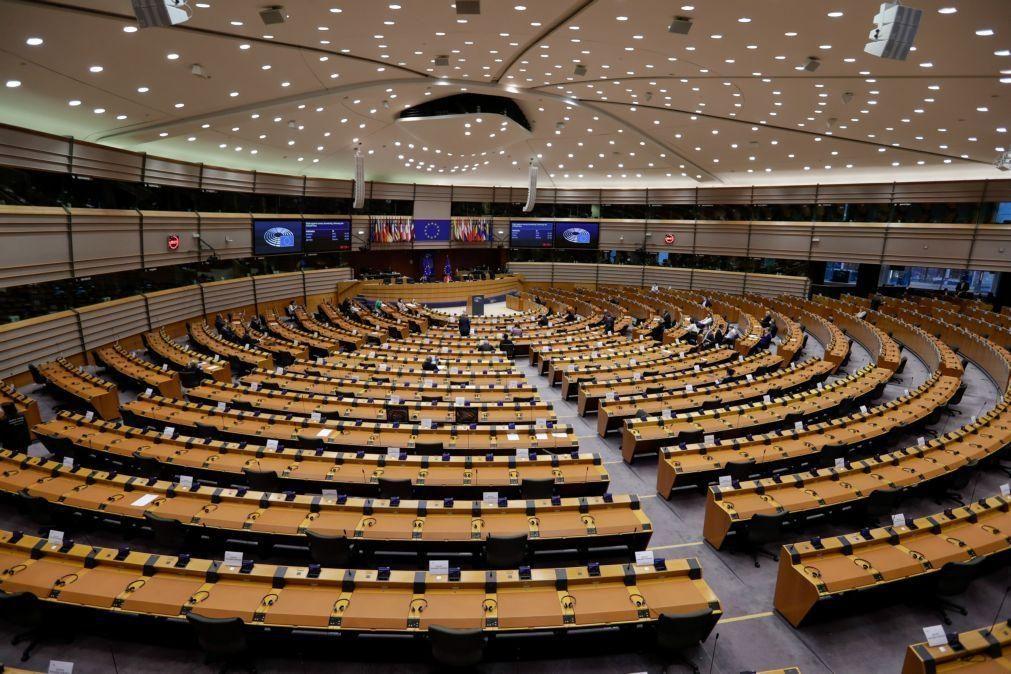Covid-19: Parlamento Europeu retoma sessão plenária por videoconferência