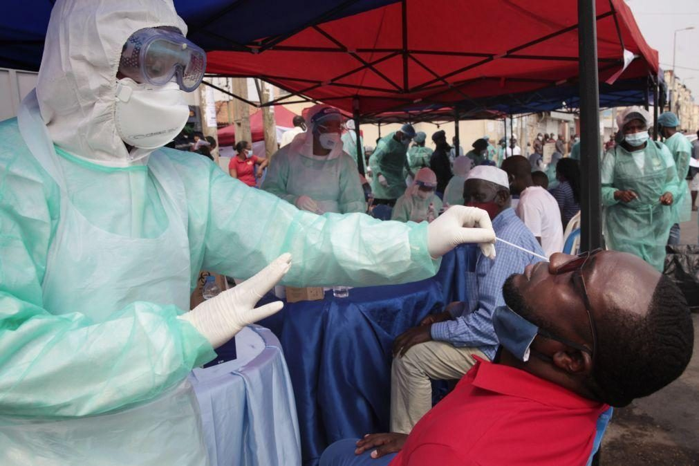 Covid-19: Governo angolano admite rutura de testes, mas garante reposição na sexta-feira