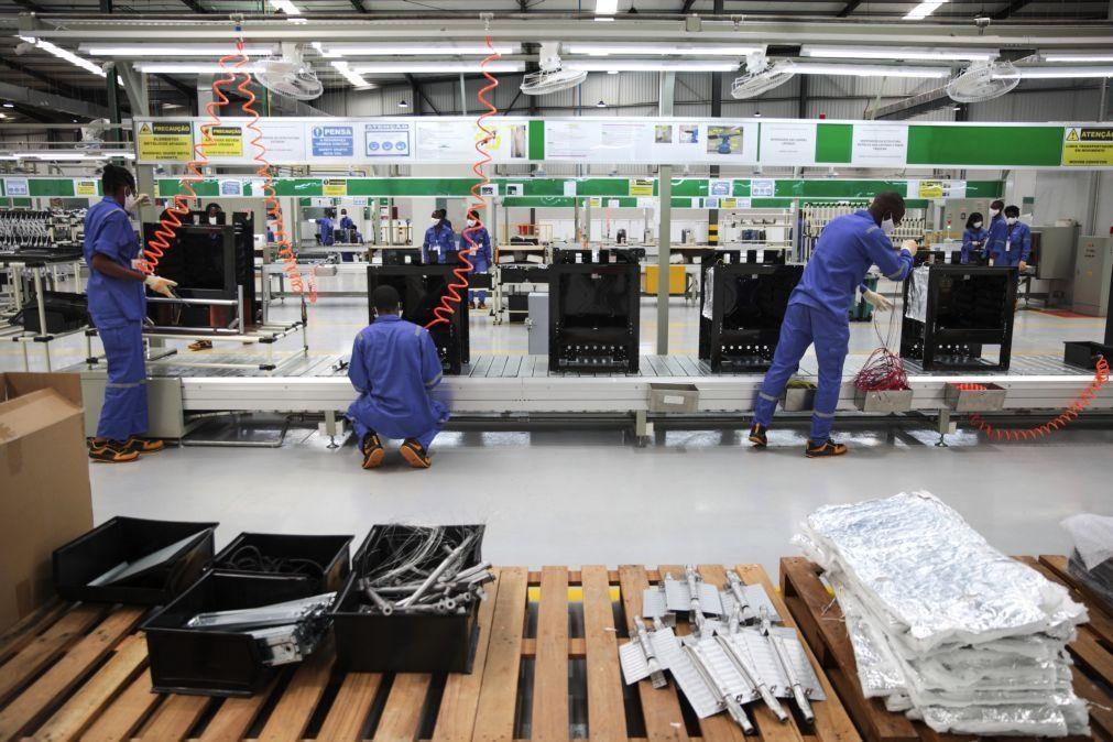Angola criou 19 mil empregos, mas registou 7 mil despedimentos no primeiro semestre - PR
