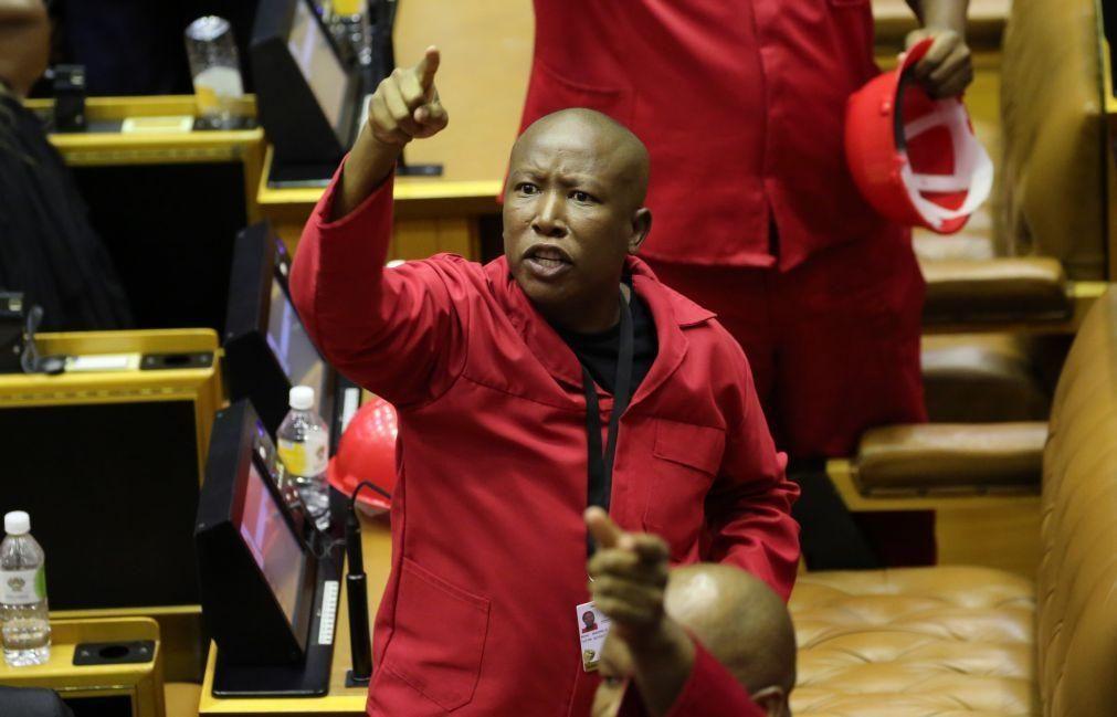 Líder de esquerda radical sul-africano acusa agricultores de