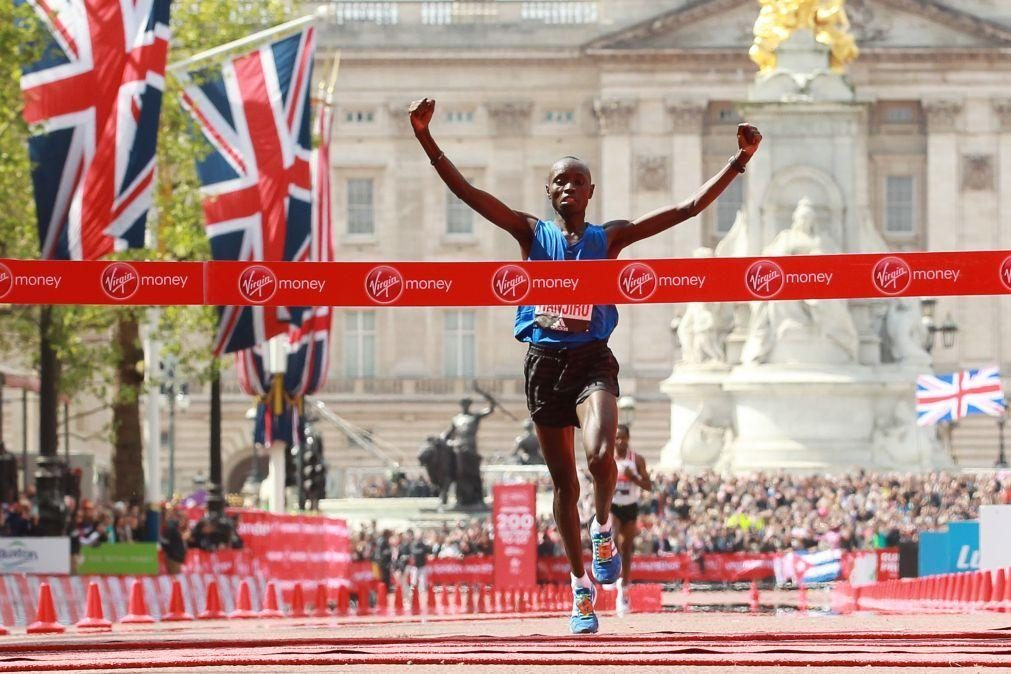 Maratonista queniano Daniel Wanjiru banido quatro anos por doping