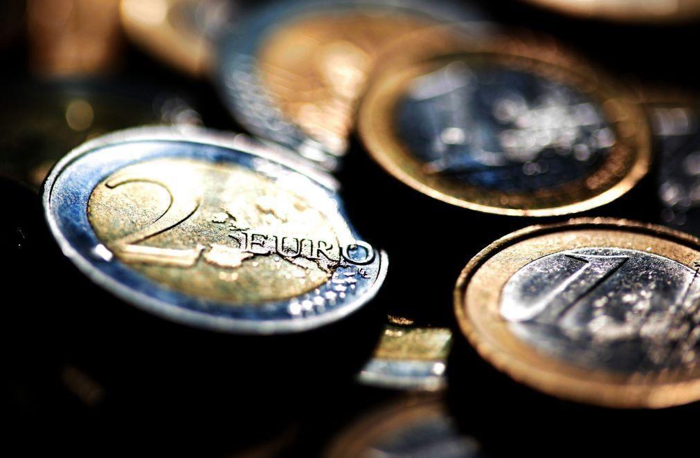 Lucros agregados dos bancos caíram 77% no 1.º semestre