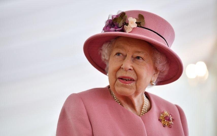 Rainha Isabel II Regressa aos eventos públicos após confinamento da covid-19