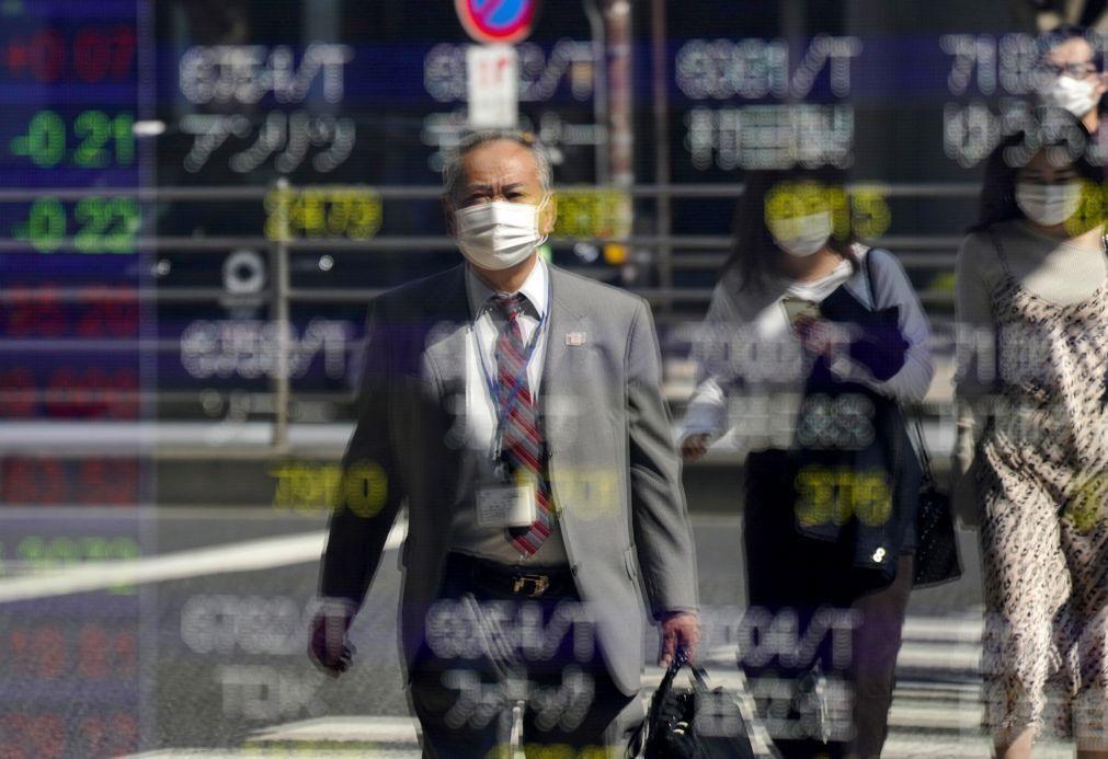 Bolsa de Tóquio abre a descer 0,06%