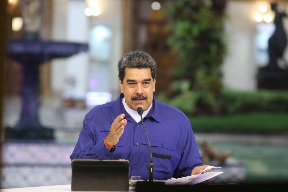 Venezuela: Nicolás Maduro volta a antecipar as celebrações do Natal