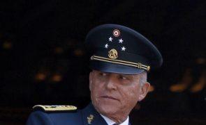 Ex-ministro mexicano detido nos EUA por tráfico de drogas e branqueamento de capitais