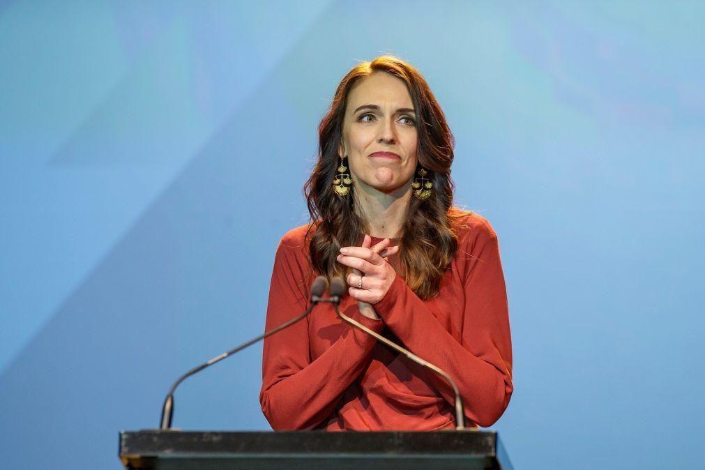 Primeira-ministra da Nova Zelândia Jacinda Ardern declara vitória