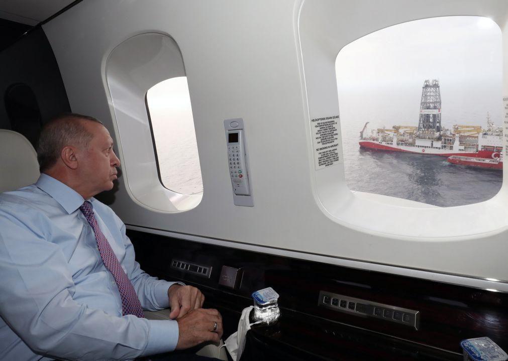 Presidente turco diz que reserva de gás do Mar Negro tem afinal mais 85 mil milhões de metros cúbicos
