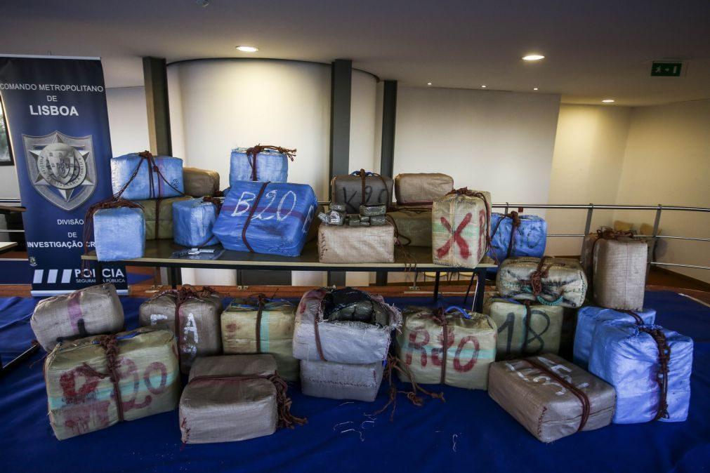 PSP anuncia apreensão de uma tonelada de haxixe e mais 10 quilos de heroína
