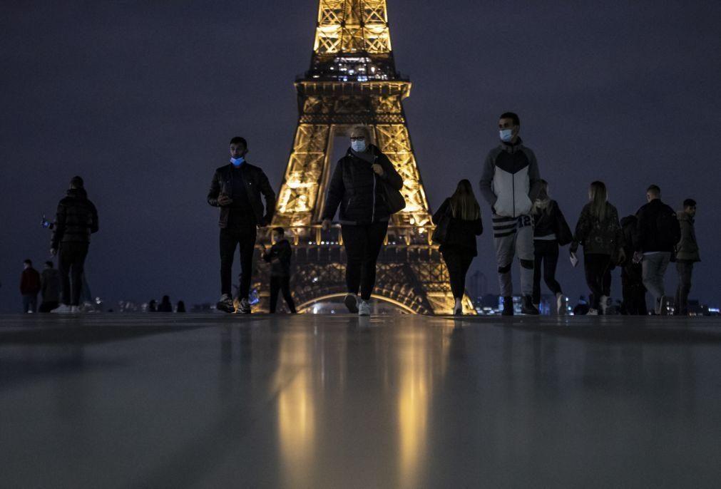 Covid-19: França regista novo recorde diário com 32.427 casos de infeção