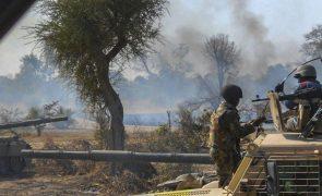 Ataque do Estado Islâmico na África Ocidental faz 14 mortos na Nigéria