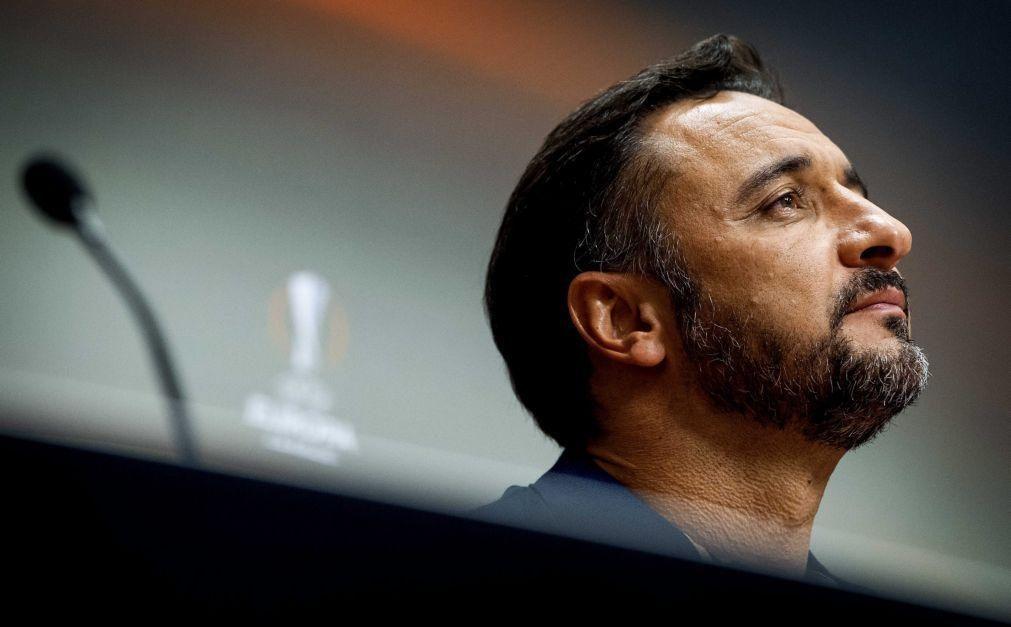 Vítor Pereira empata dérbi de Xangai nos 'quartos' do campeonato chinês