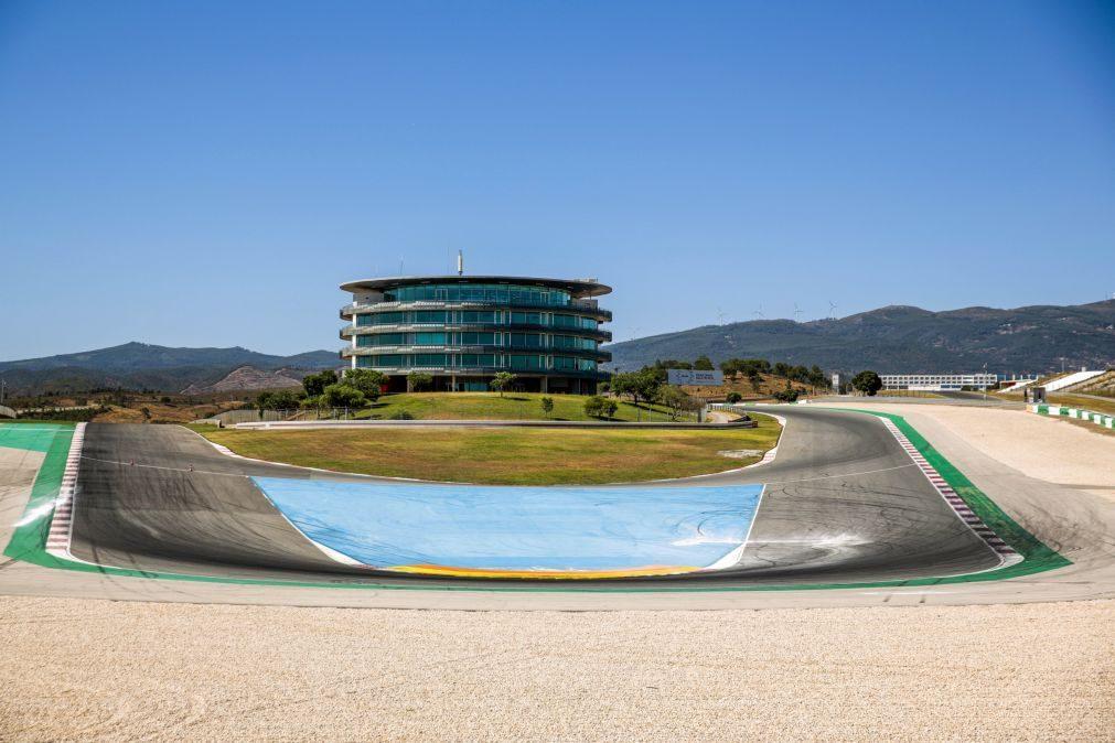 Covid-19: GP de Portugal de F1 deverá ser reduzido a 27.500 espetadores