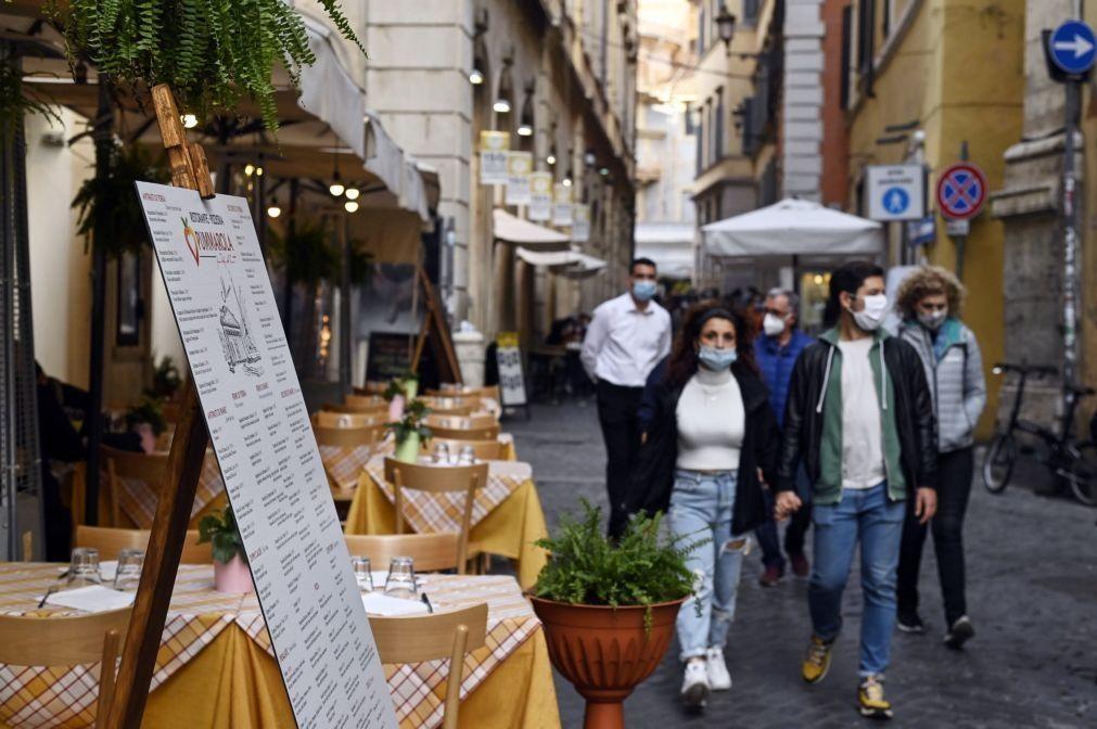 Covid-19: Itália regista novo recorde diário de infeções com 11.705 e 69 mortes