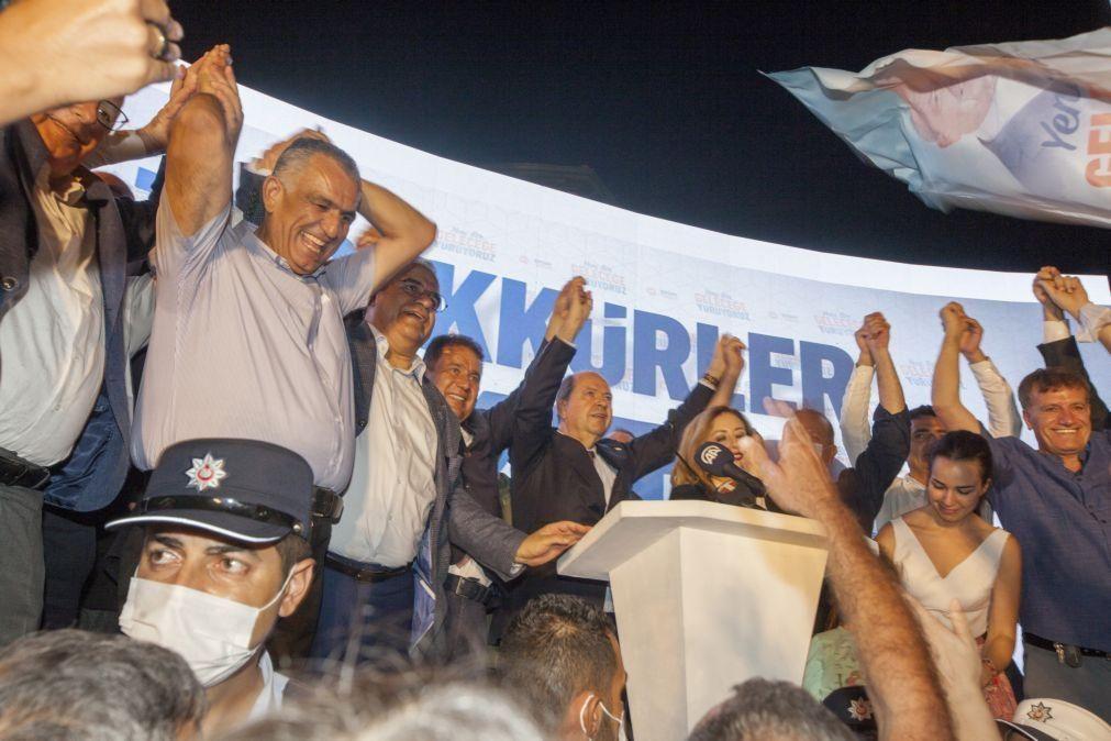 Nacionalista Ersin Tatar apoiado pela Turquia eleito presidente de Chipre do Norte
